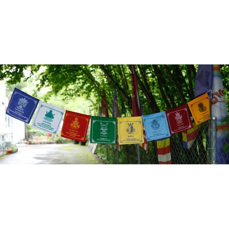 drapeaux 8 signes auspicieux