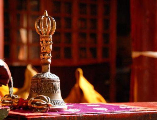 Cloche et Dorje : les inséparables du bouddhisme tibétain