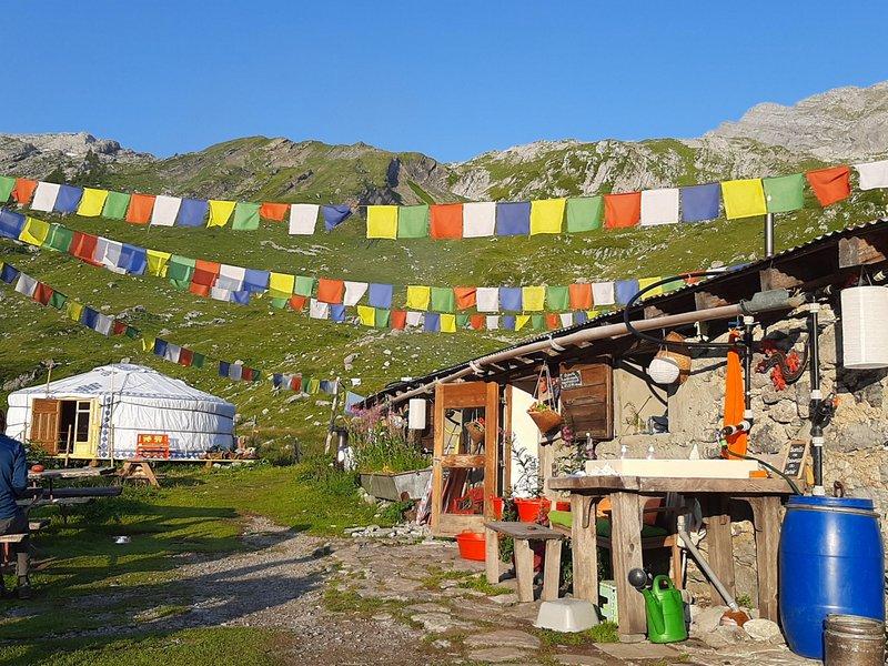 drapeaux montagne